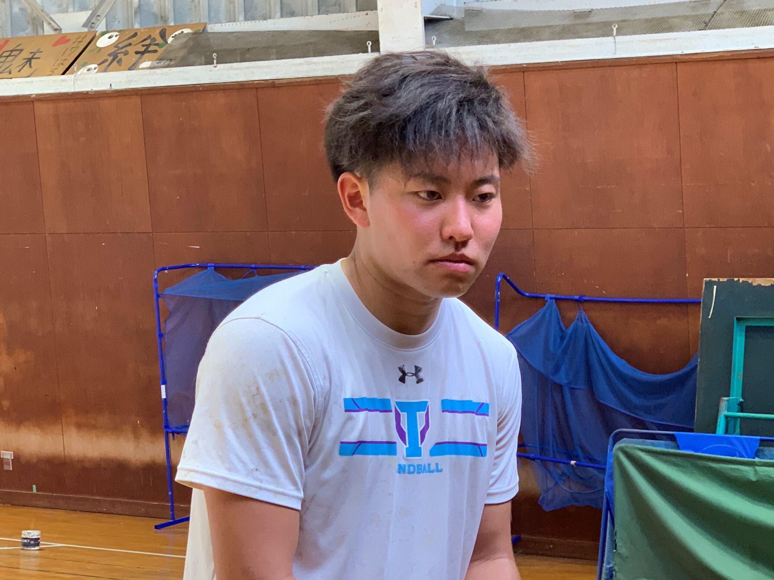 RB・RW榎本悠雅選手